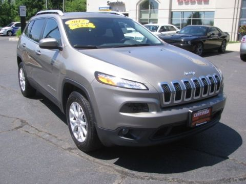 CERTIFIED 2017 JEEP CHEROKEE LATITUDE 4WD