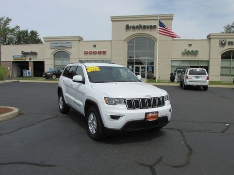 Certified Pre-Owned 2017 Jeep Grand Cherokee Laredo 4WD