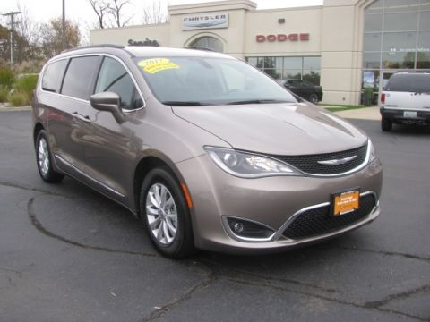 USED 2017 CHRYSLER PACIFICA TOURING L FWD 4D PASSENGER VAN